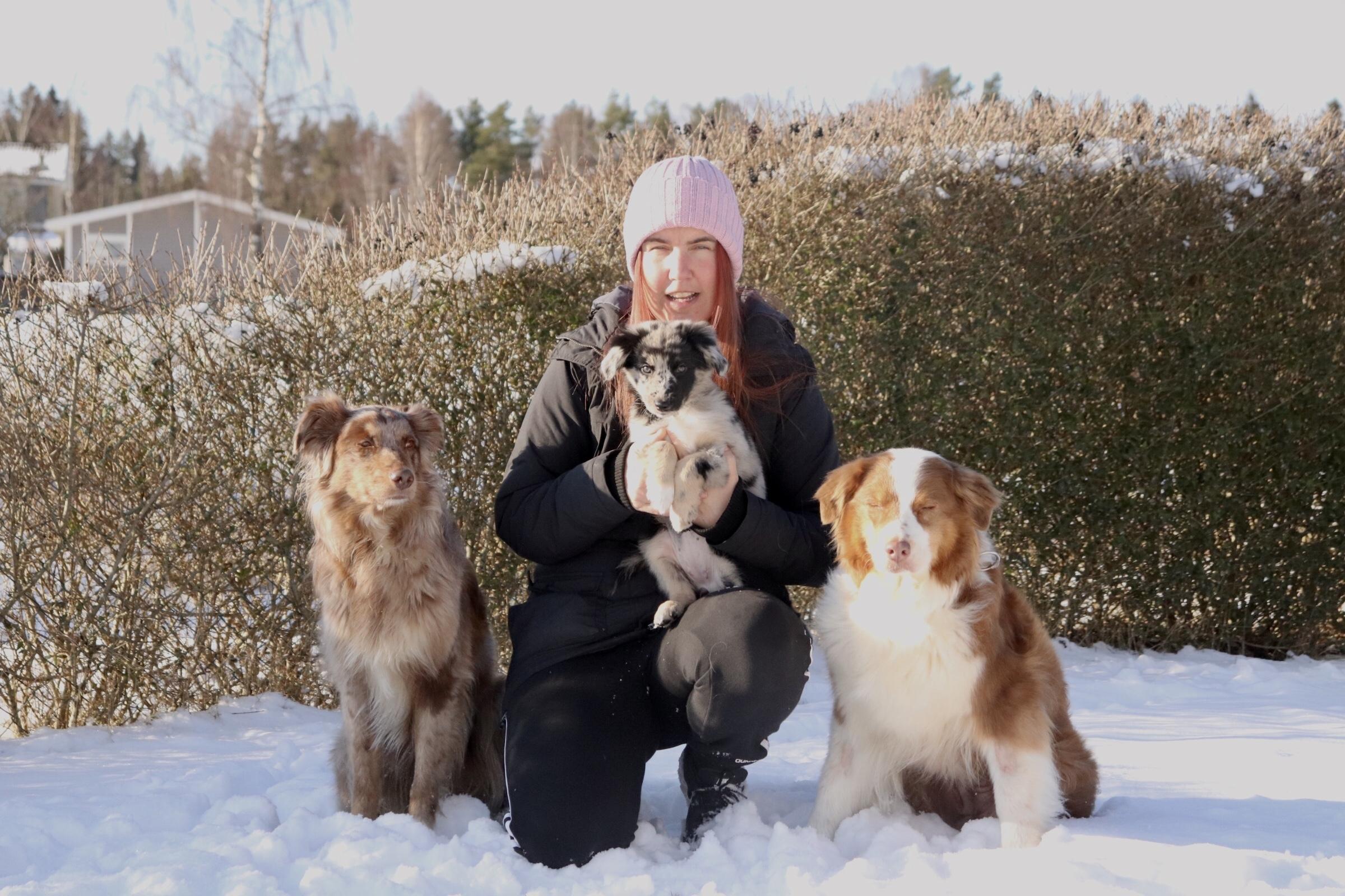 Jenny Åström med hundar